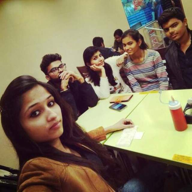 Shivangee tiwari @Domino's Pizza, MG Road, Gurgaon