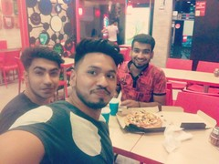 Kuldeep Tomar @Pizza Hut, Greater Kailash (GK) 2 New Delhi, New Delhi