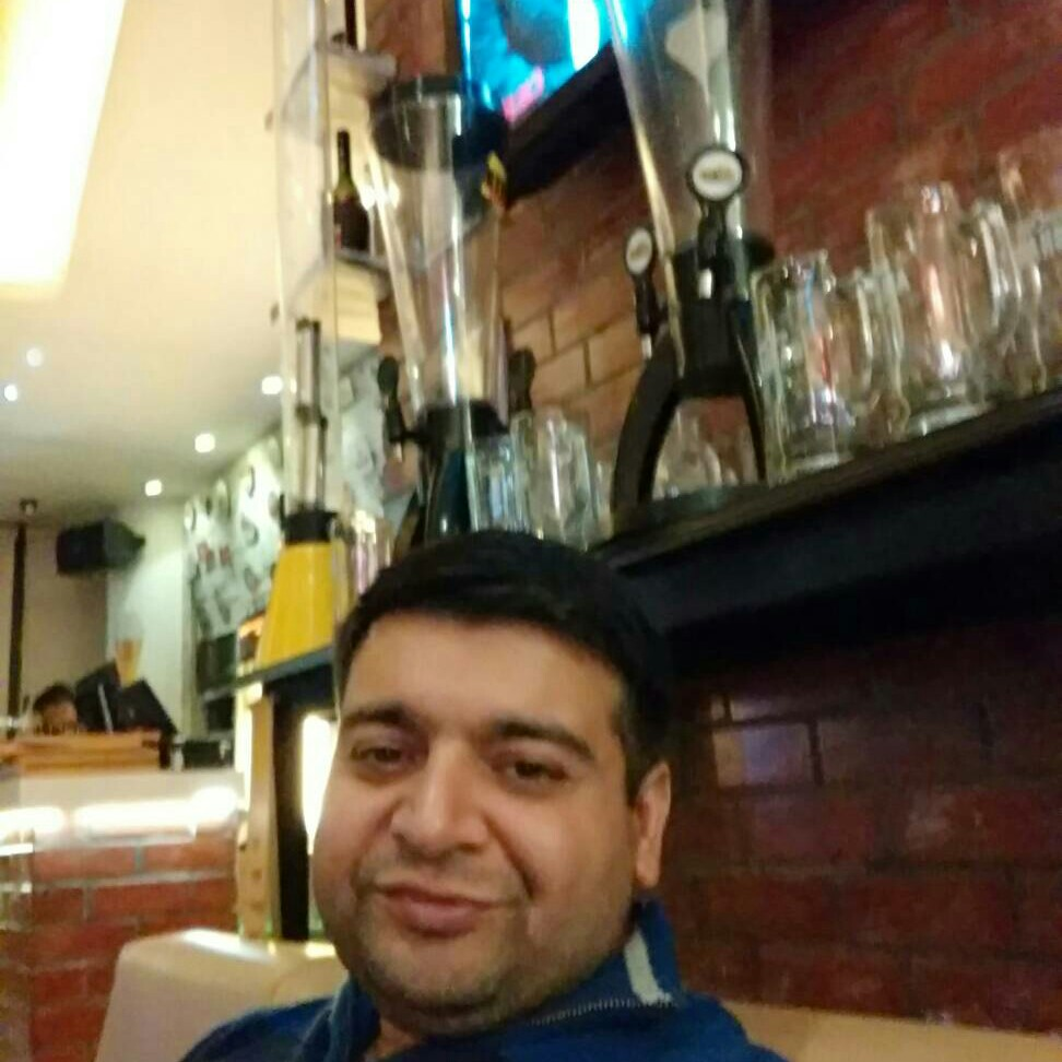 Deepanshu Anand @ The Beer Cafe, Ambience Mall, Ambience Mall, Gurgaon photos